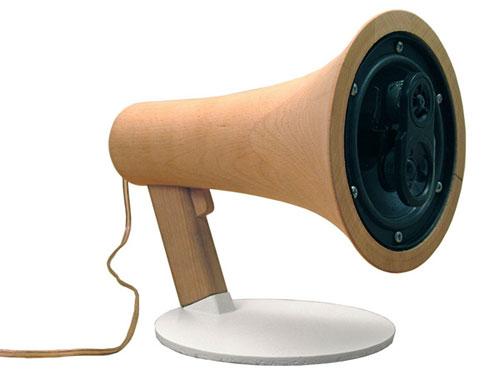 Деревянный мегафон