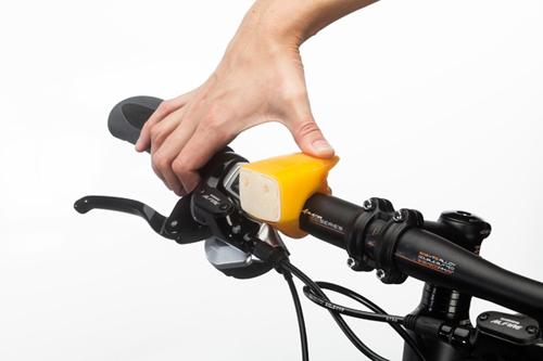 Свето-звуковой сигнал для велосипеда