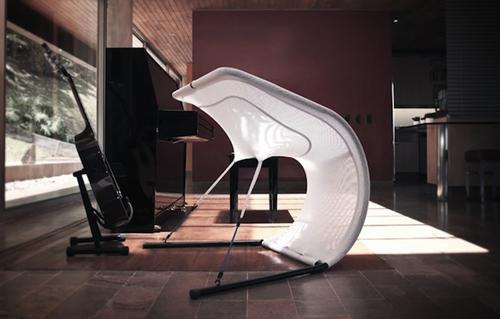 Необычное кресло из спандекса