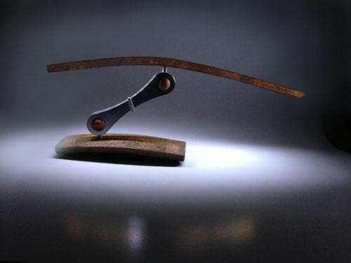 Настольная лампа из винной бочки