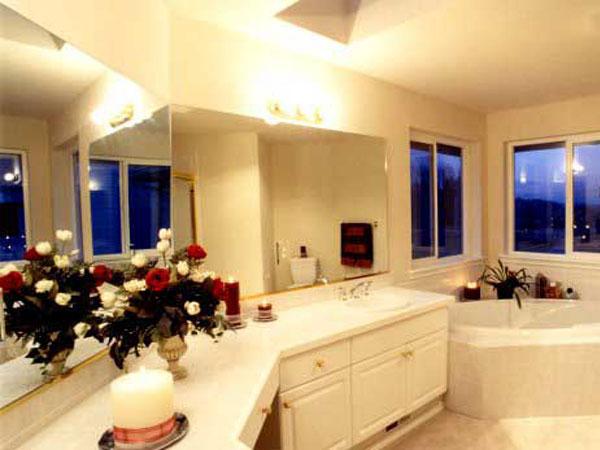 Фото Ванная комната с большими окнами