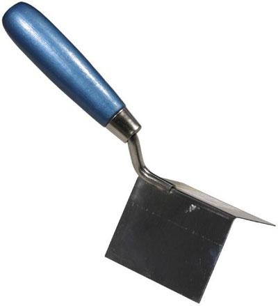 Ремонт и нанесение штукатурки, заделка трещин на потолке и на стенах своими руками