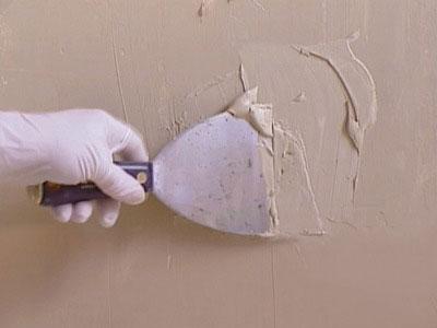 Фото Ремонт штукатурки, нанесение штукатурки, заделка трещин на потолке и стенах