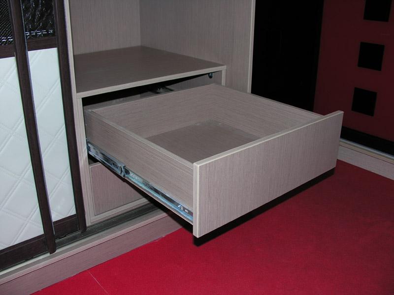 Ящик для шкафа-купе