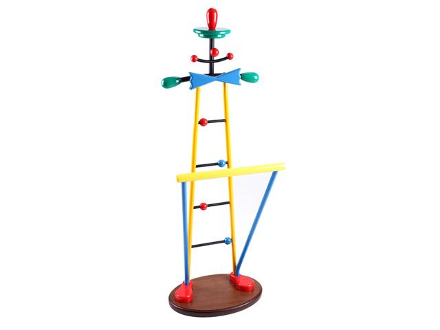 Напольная вешалка-клоун для детской комнаты