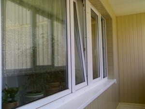 Пластиковые окна на лоджии