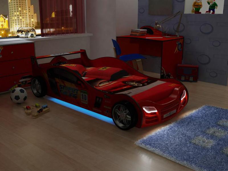 Кровать-машинка со светящимися фарами