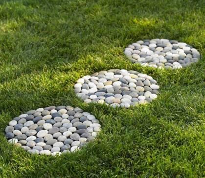 Варианты оформления садовых дорожек из камня