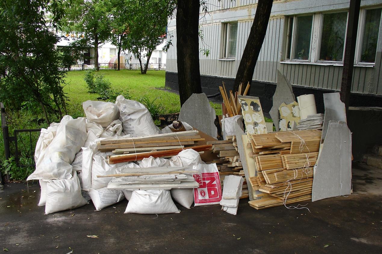строительный мусор после ремонта квартиры
