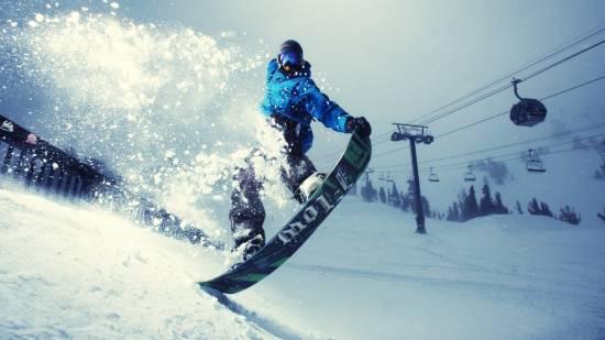 Как выбрать сноуборд: советы райдерам