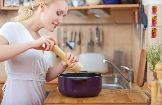 10 проверенных способов, как спасти пересоленный суп