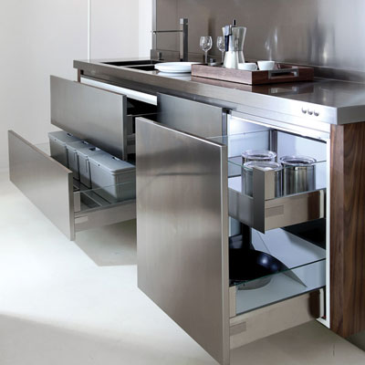 Классика в кухонной мебели: качество эффектного интерьера
