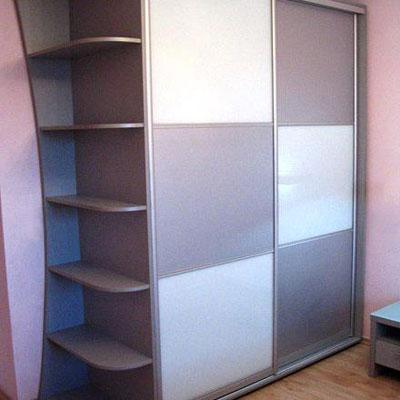 Шкафы-купе — встроенные, полувстроенные и корпусные