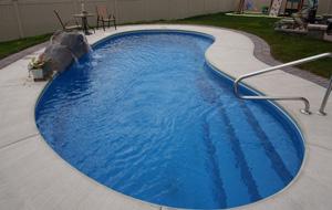 Особенности процедуры очистки и обеззараживания воды в бассейне