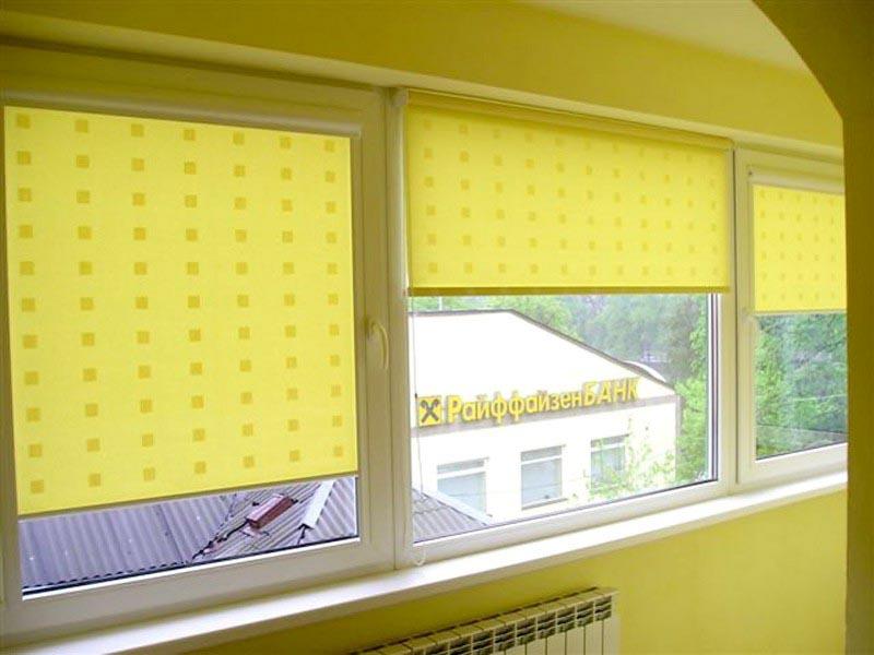 Рулонные шторы на пластиковые окна. Как выбрать рулонные шторы?