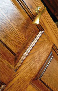 Материалы для изготовления межкомнатных дверей