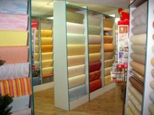Как выбрать цвет и рисунок обоев для стен