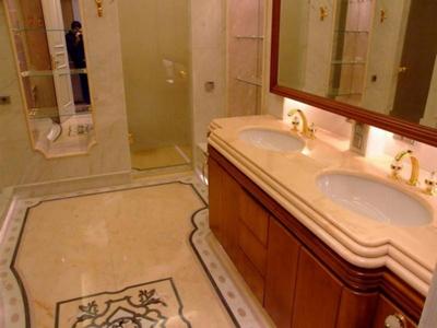 Отделка ванной мрамором