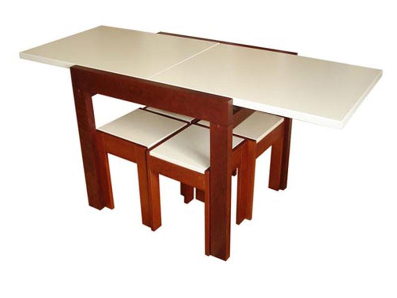 Стол с необычным дизайном