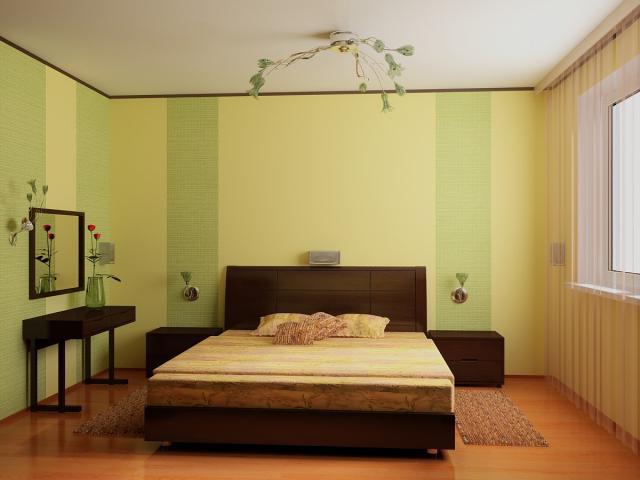 Спальня с желтыми комбинированными обоями