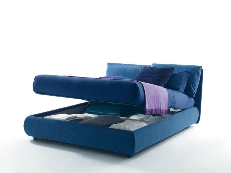 Стильная синяя кровать