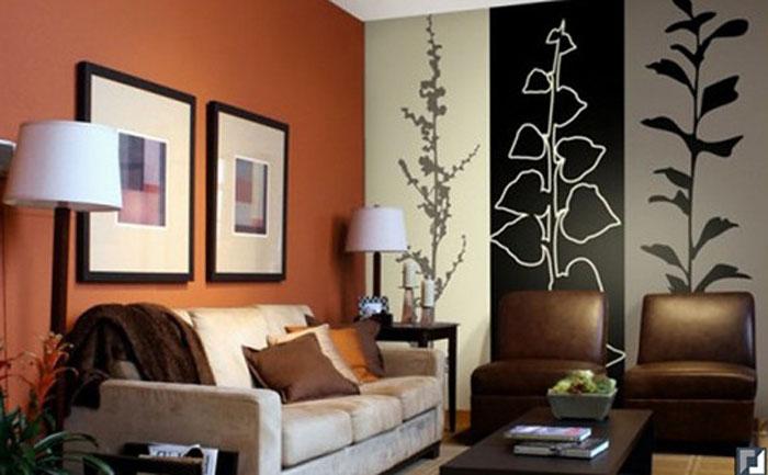Вертикальное комбинирование обоев в гостиной
