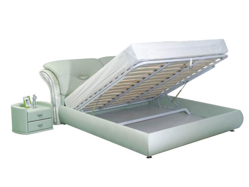 Серая кровать с подъемным механизмом