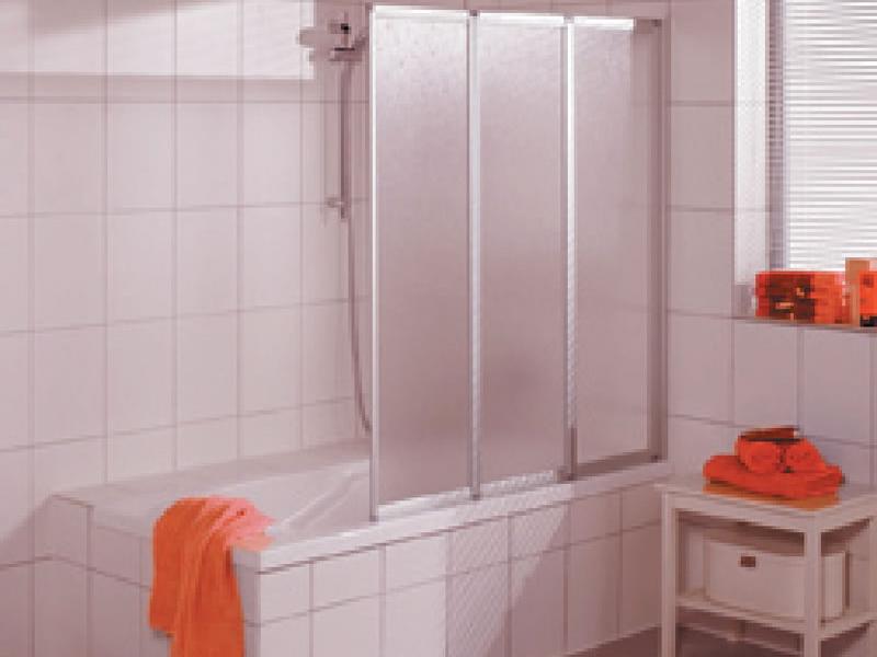Жесткие шторки в ванной комнате