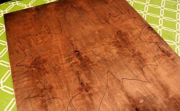Мастер-класс по созданию картины из кленовых листьев. Шаг 1