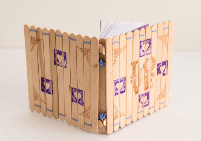 Обложка для записной книжки из палочек от мороженного