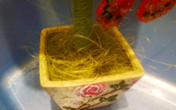 Мастер-класс по созданию топиария из фетра с хризантемами. Шаг 6