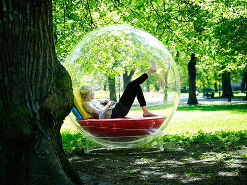 Прозрачное уединение, или Жизнь в пузыре