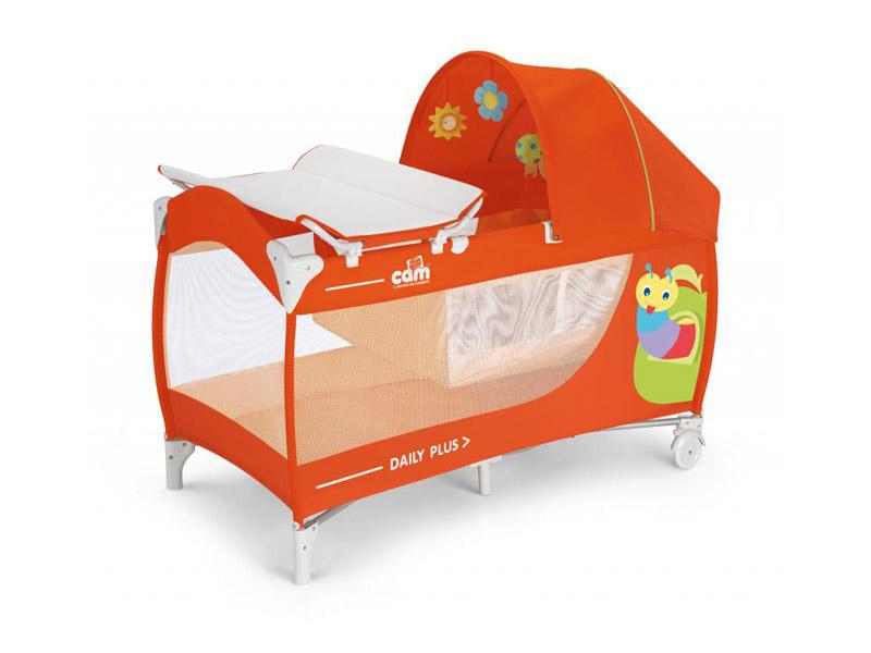 Оранжевая кровать-манеж с тентом и пеленальным столиком