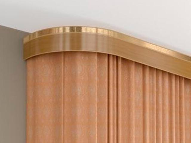 Плоский деревянный карниз