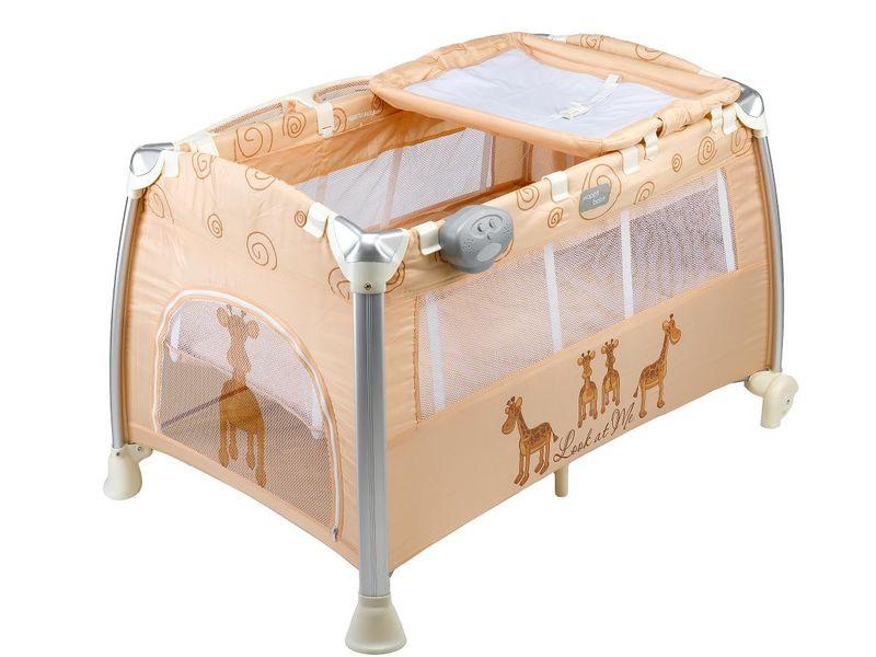 Розовая кроватка-манеж для девочки
