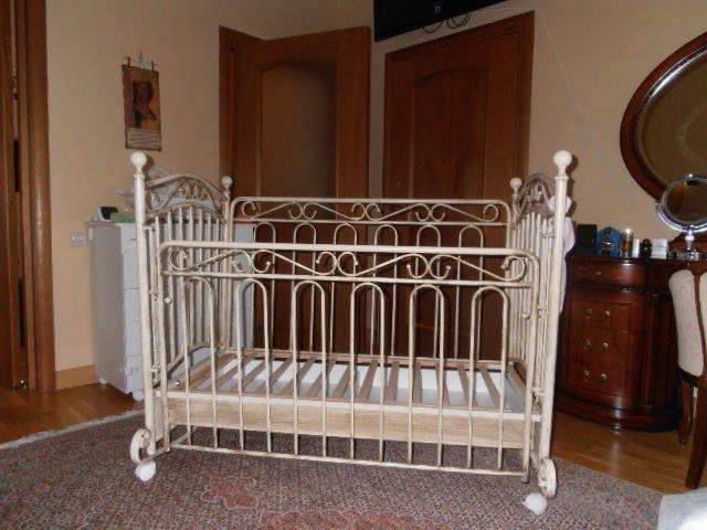 Детская кованая кроватка