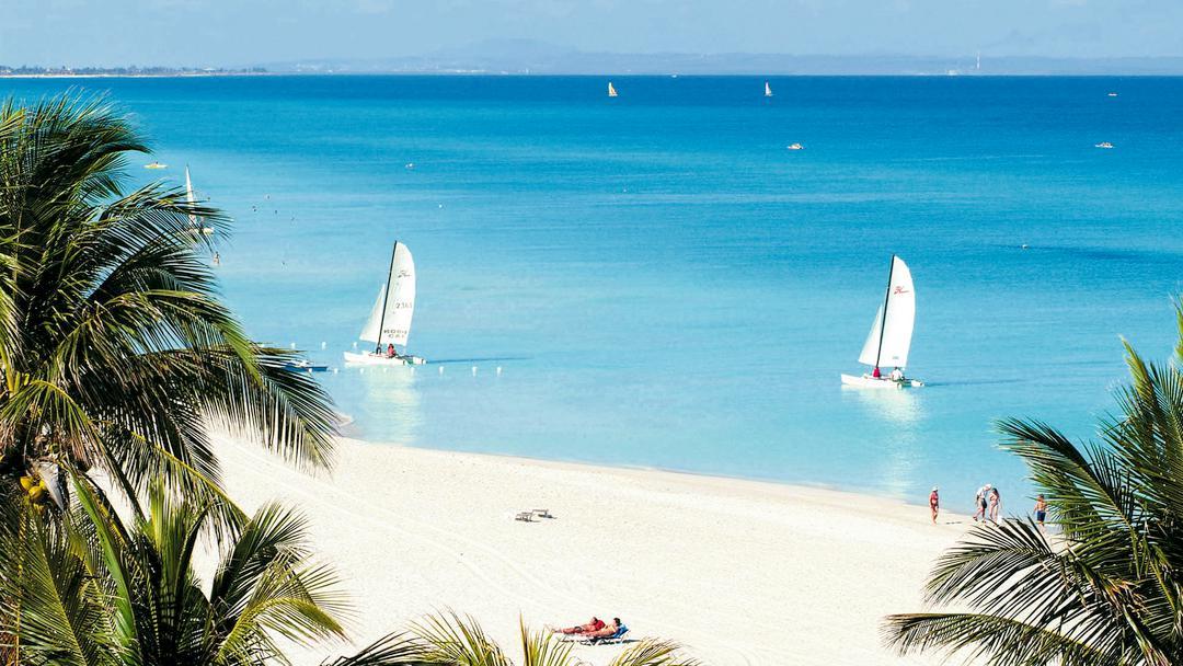 Варадеро – сальса, сигары, девственная природа и красивейшие пляжи.