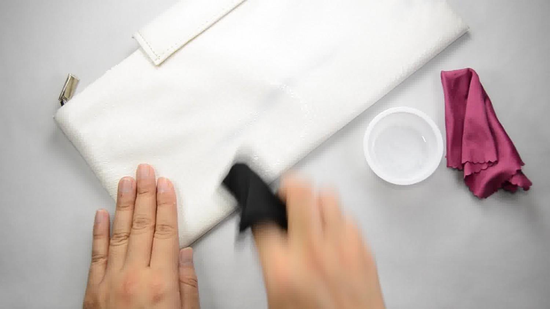 Чем отмыть жирные пятна с кожзама фото
