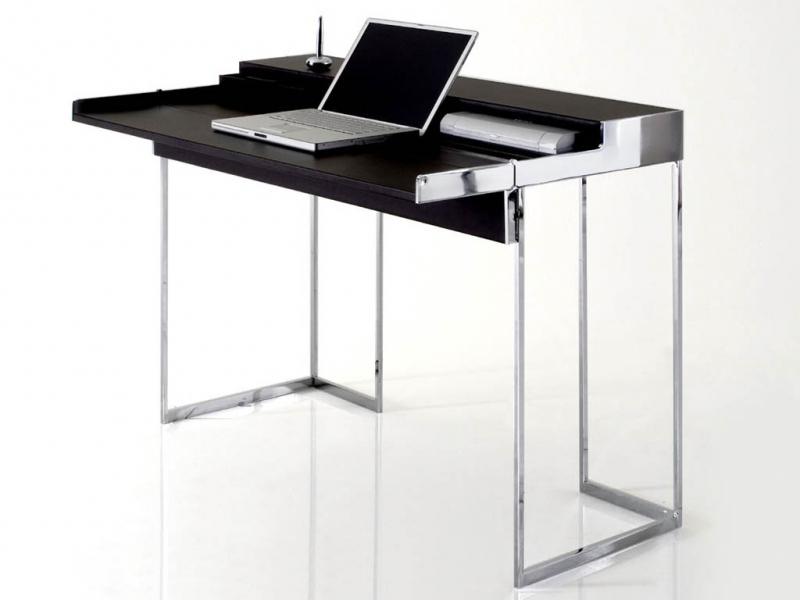 Стол для ноутбука на длинных ножках