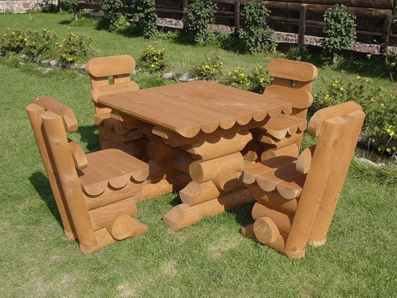 Бревенчатая мебель для сада