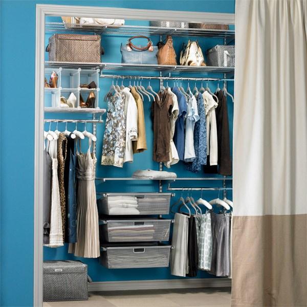 Дизайн гардеробной в голубых тонах