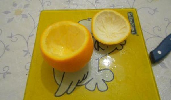 Мастер-класс по созданию подсвечника из апельсина на Хэллоуин. Шаг 2