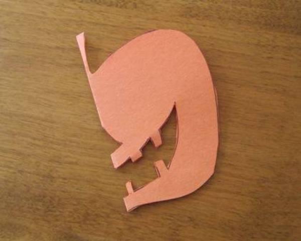 Мастер-класс по вырезанию тыквы из бумаги на Хэллоуин. Шаг 2