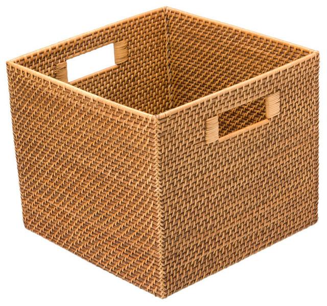 Коробка для вещей из ротанга