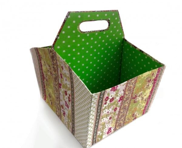 Самодельная картонная коробка для вещей