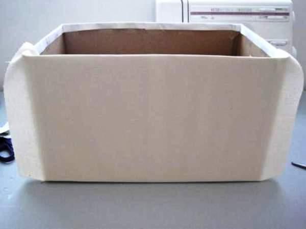 Мастер-класс по созданию картонной коробки для белья. Шаг 9