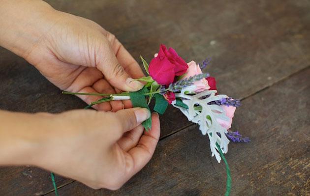 Мастер-класс по созданию венка из веточек лаванды и роз. Шаг 6